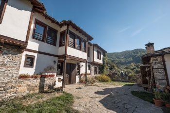 37-Kosovo_IANS0263